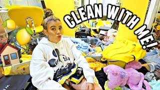 I'm not proud of this... CLEANING MY ROOM & DECLUTTERING CLOSET!
