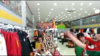 KARŞIYAKALILARDAN gs store baskını