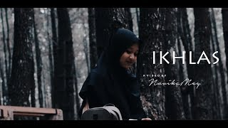 Gambar cover IKHLAS | Puisi by Novika Meylani