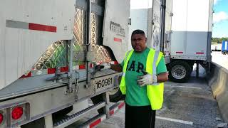 Truck Driving | HOW TO PROPERLY OPEN THE TRAILER DOORS