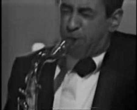 Duke Ellington(Paul Gonsalves)-Crescendo+Diminuendo In Blue