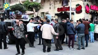 بالفيديو : اغلاق محل صلصه بشارع هدى شعراوى بقرار من محافظ القاهرة