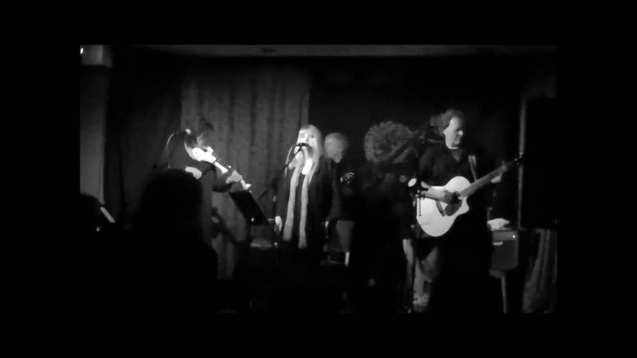 Red Coat Ride' - RED SHOES - Anti Fox Hunting song - Red Lion Folk ...