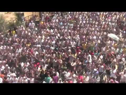 3- مظاهرة درعا البلد بجمعة ابطال جامعة حلب