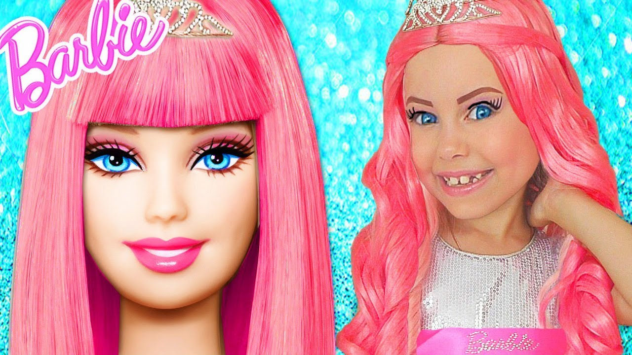 Barbie Doll Kids Makeup Alisa Pretend Play how GIANT DOLL & DRESS UP in Princess Dress & Mak