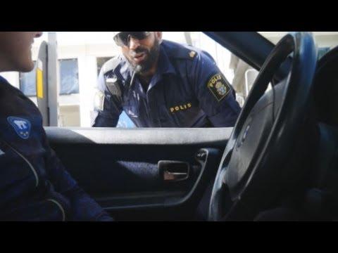SVERIGES SKÖNASTE POLIS
