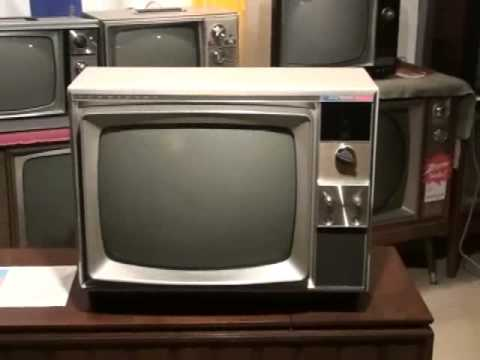 Watch A 1967 Rca Victor Color Television