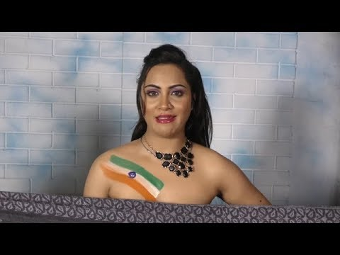 Model Arshi Khan Strips For Team India And Shahid Afridi, Also Shares A Rated Video