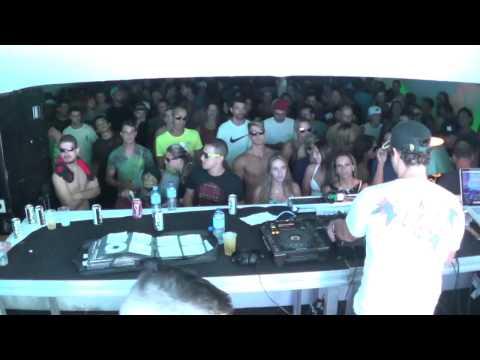 ERIC OLLIVER Groove Box DJ Set na  Fazenda Santa Petronilla em Bragança/SP