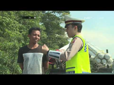 Patroli Rutin Jalan Tol Menilang Pengguna Kendaraan Plat Nomor Tidak Standar - 86