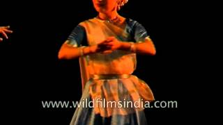 An Indian classical dance group performs Kathak recitle - Delhi