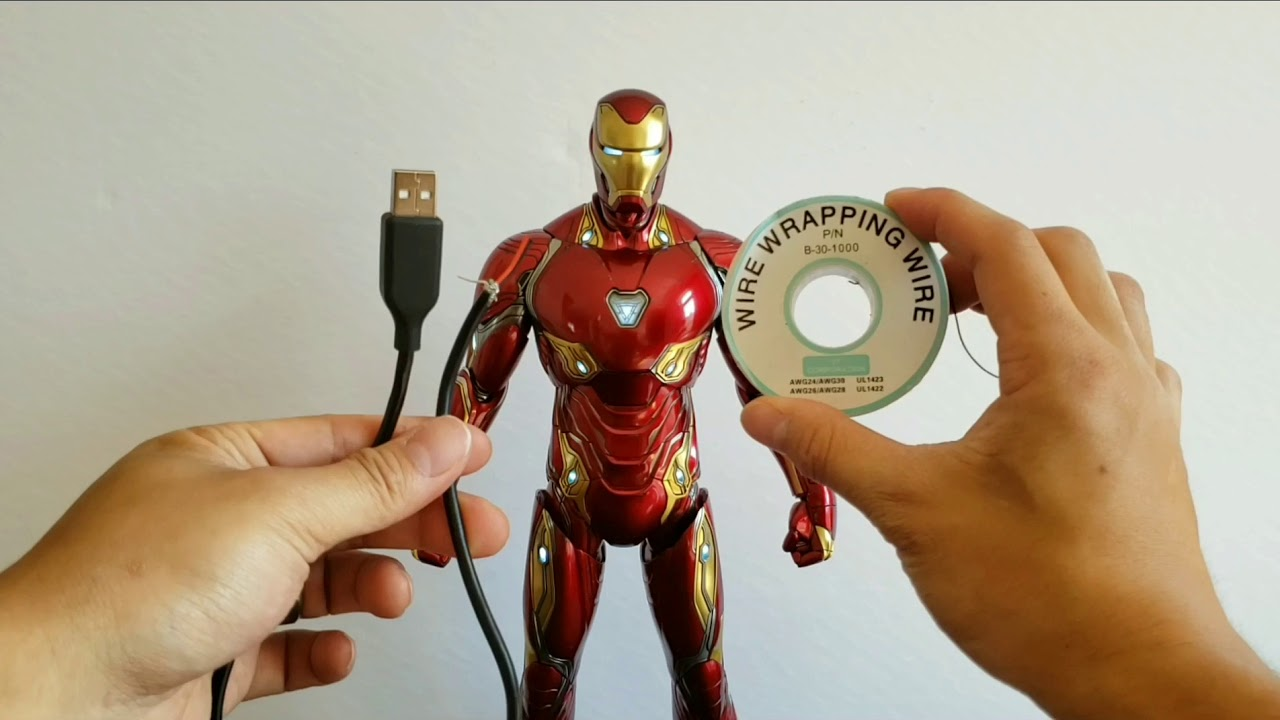 Hot Toys Iron Man Mark 50 Usb Powered Leds Youtube