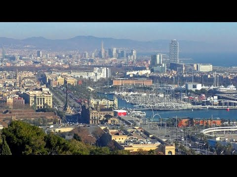Barcelona / tourism city tour travel cityscape views guide / Imágenes desde Montjuïc puerto