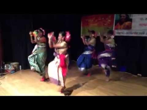 Aj Jibon Khuje Pabi (bhupen hazarika, Indrani Sen)- Nice dance by Anusha, Tiya, Achol & Chapal.