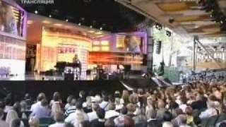Алла Пугачёва - Всё уже не важно