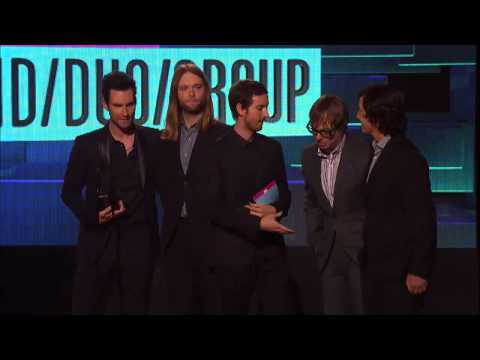 Maroon 5 Wins Pop Rock Duo/Group Awards - AMA 2011