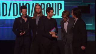 Maroon 5 Wins Pop Rock DuoGroup Awards  AMA 2011