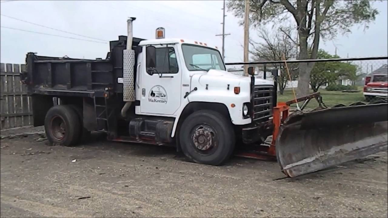 1982 International S1700 dump truck for sale | no-reserve Internet ...