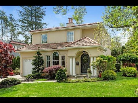 Home for sale - 140 Webster Ave, Manhasset, NY 11030