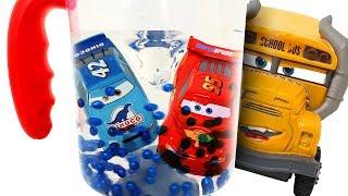 Disney Car Lightning McQueen fell into a Magic toy! Cruz Ramirez Help your friends ❤️ RACHAMAN TOY