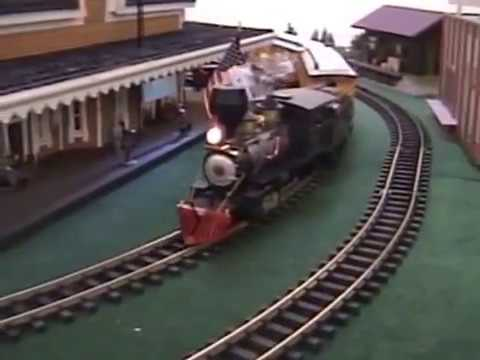 maine mall trains 2016