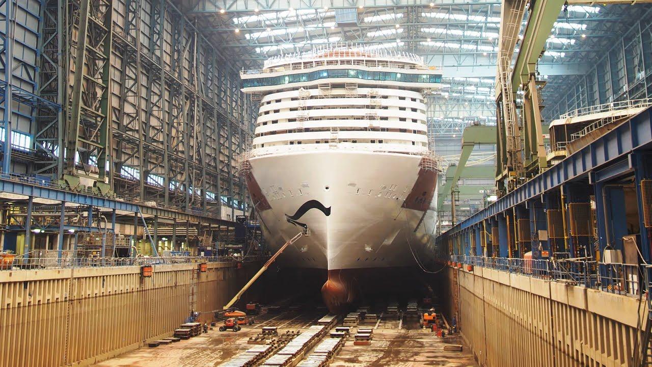 Cinematic Timelapse of LPG Powered AIDAnova Cruise Ship
