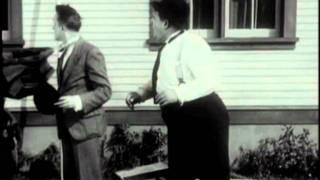 Dick & Doof - Panik auf der Leiter (1930)