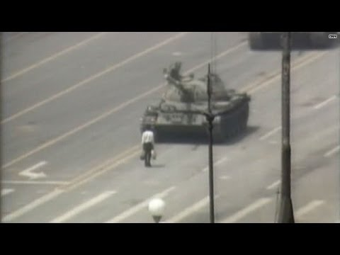 Video rewind: June 4, 1989 -- Tiananmen Square