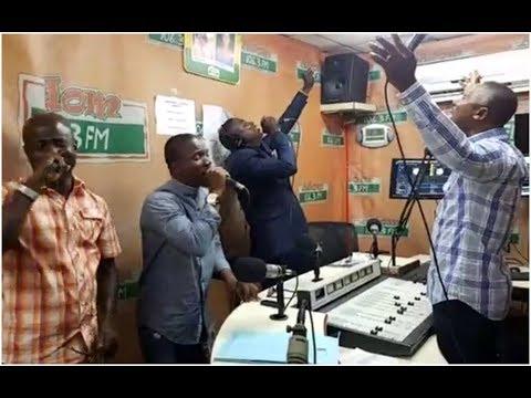 A Moment Like This... Watch Jack Alolome, Francis Amo & Kwamena Idan Amazing Live Worship.
