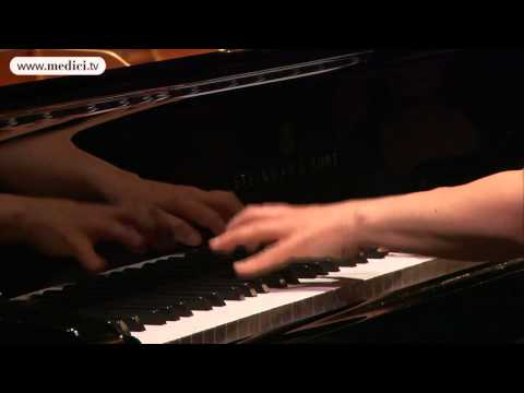 Angela Hewitt performs Bach: French Suite No. 2. Courante