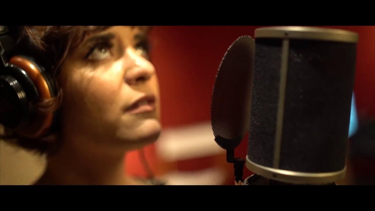 California Dreamin' - Aubrey Logan feat  Casey Abrams