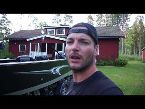 Fishing For Pike In Sweden - 2017, Part 1 / VLOG #4: Swimming Moose & Storgädda! English Subtitles
