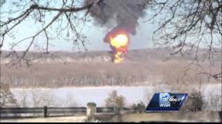 City discusses passage of crude oil trains through populated areas