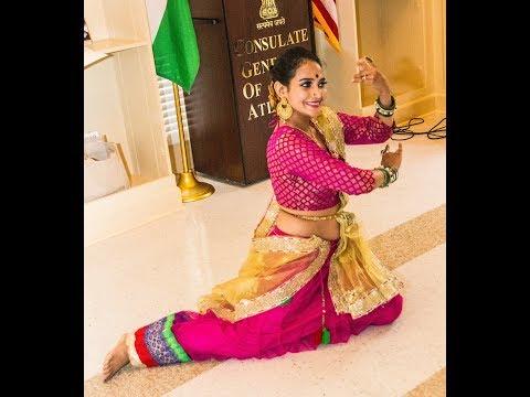 Radha Teri Chunri Dance Performance -  Student of the year