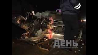 Между Сосногорском и Ухтой столкнулись внедорожник из свадебного кортежа с грузовым автомобилем