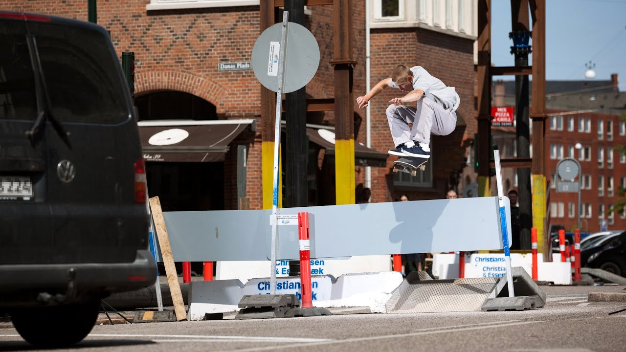 new style cf992 82311 Nike SB and Soulland present FRI.day