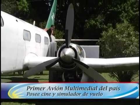 Primer avión Multimedial del país