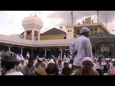 video viral  keajaiban di acara haul Abah Guru Sekumpul ke 12 tahun 2017