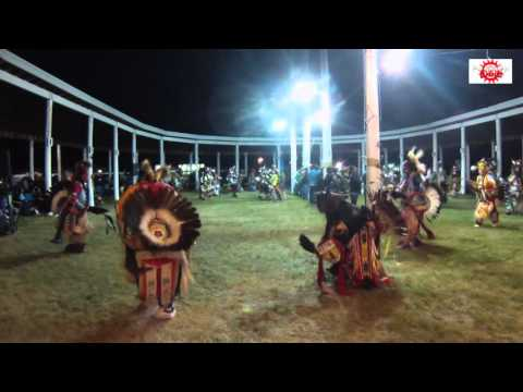 Mens Traditional vs Fort Peck Sioux Singers | Awesome Song