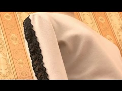 Как декорировать кофту кружевом