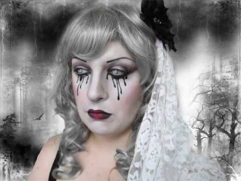 Gothic Bride Make Up Nail Art In Coll Con Ayvlis Vampy