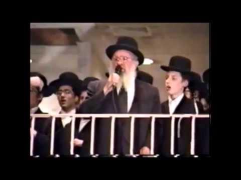 Cantor David Werdyger Z''l Singing Chasidic Songs Accompanied By A Choir Of Gerrer Bochurim