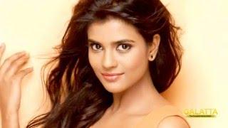 Kaaka Muttai girl goes to Bollywood!