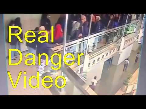 Hadsa Floor collapse Jakarta  in Indonesia Stock Exchange   || REAL Vidoe