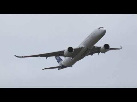 Airbus A350 Fly by Plant Bremen - Airport Bremen