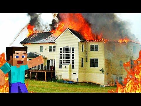 NOTRE MAISON EST EN FEU ! | Minecraft Burning Mansion !