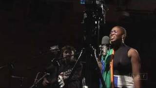 Watch IndiaArie Ghetto video