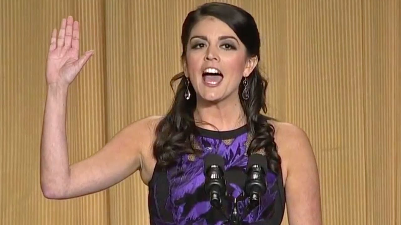 cecily strong at the 2015 white house correspondents' dinner - youtube