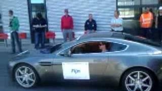 Austen Martin V8 Vantage accelaratie