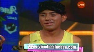 Ronald Ramos, el chico 'No te Ralles Así', impone moda con su frase viral